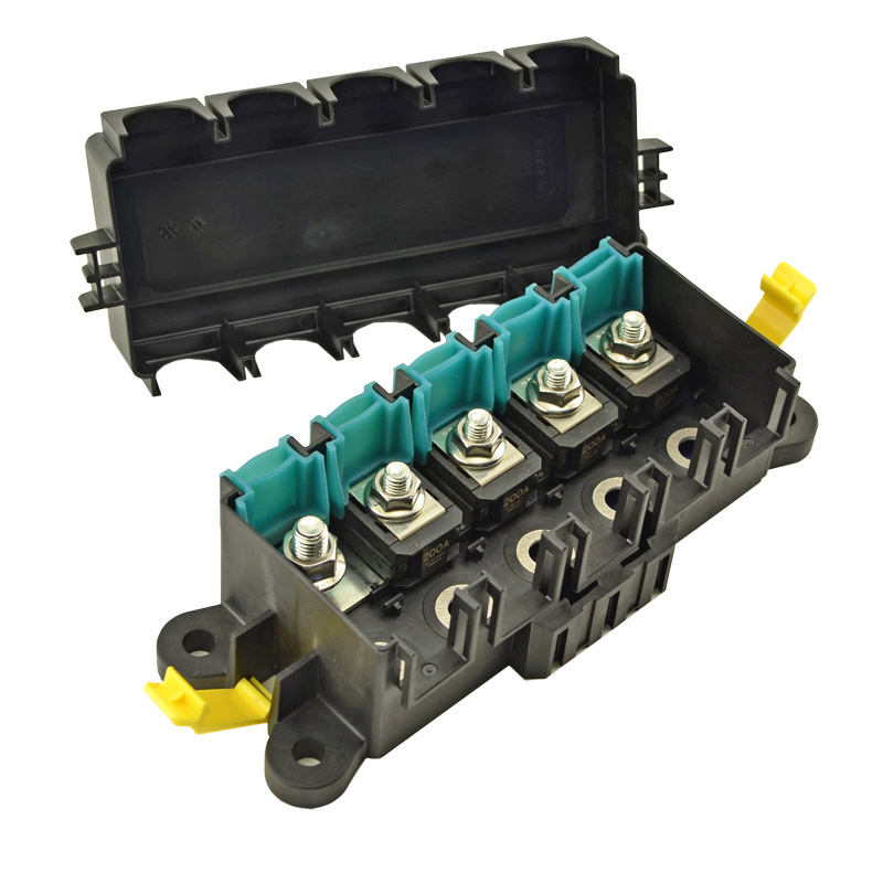 Automotive And Commercial Vehicle Fuse Holders